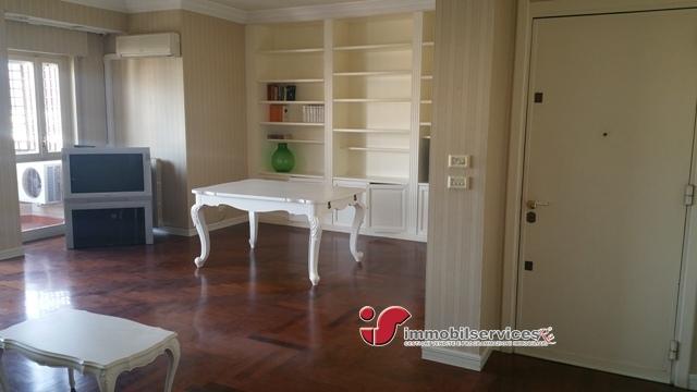 Affitto appartamento palermo pa via giotto panoramico for Appartamento arredato palermo